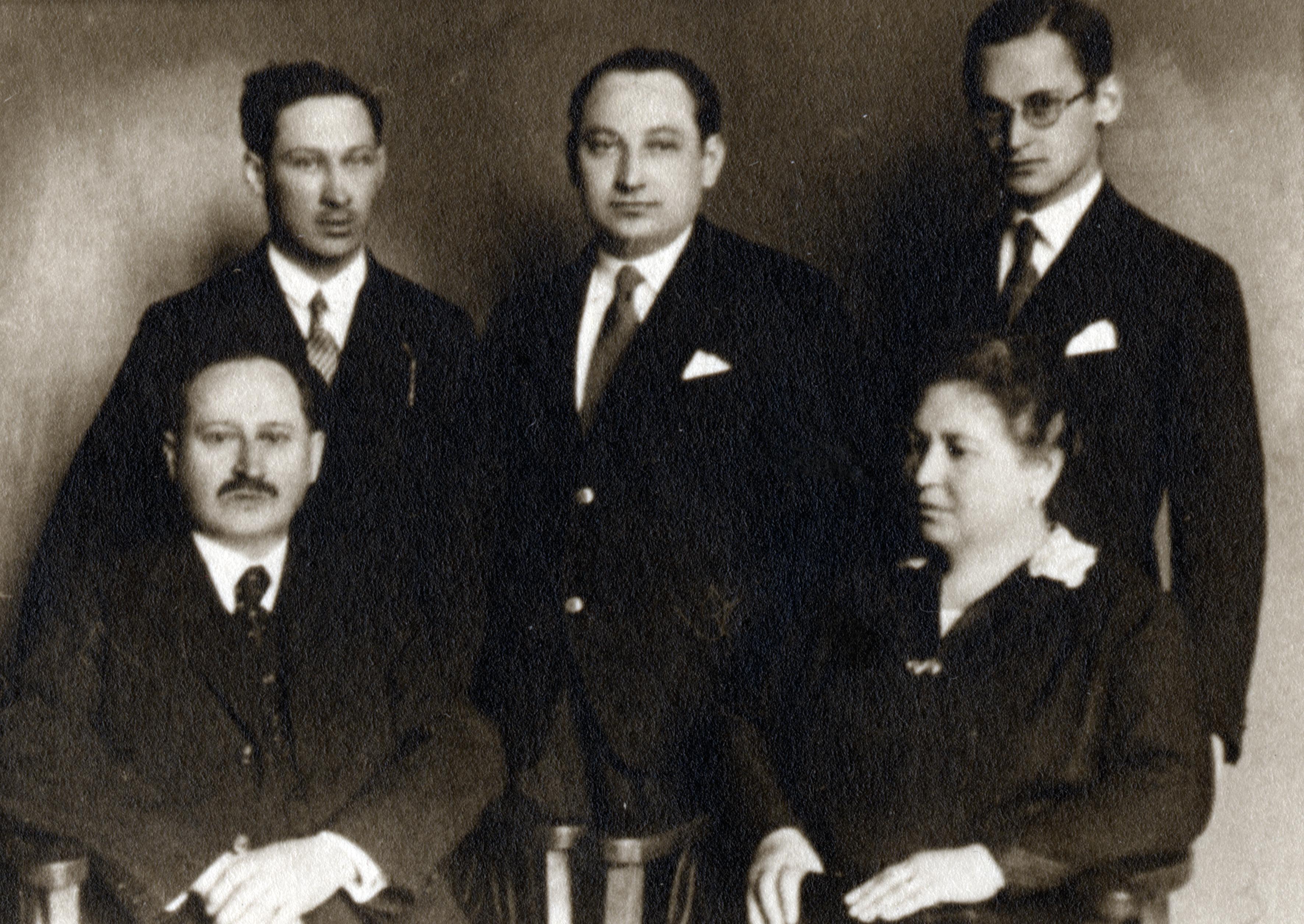 Rosa und Josef Mandl mit Söhnen Leo, Sandor und Jenö Mandl