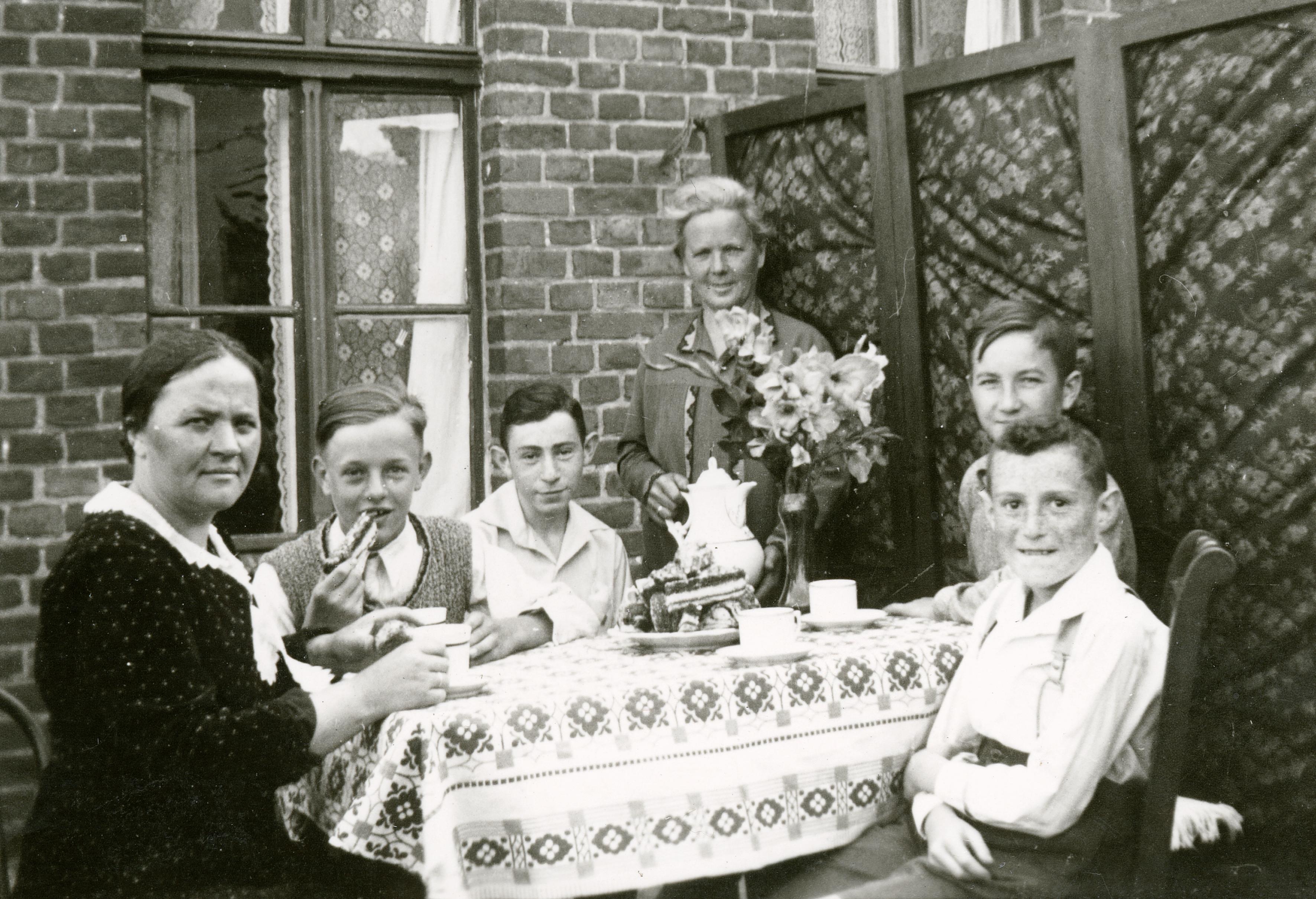 Herbert Lewin bei einer Geburtstagsfeier