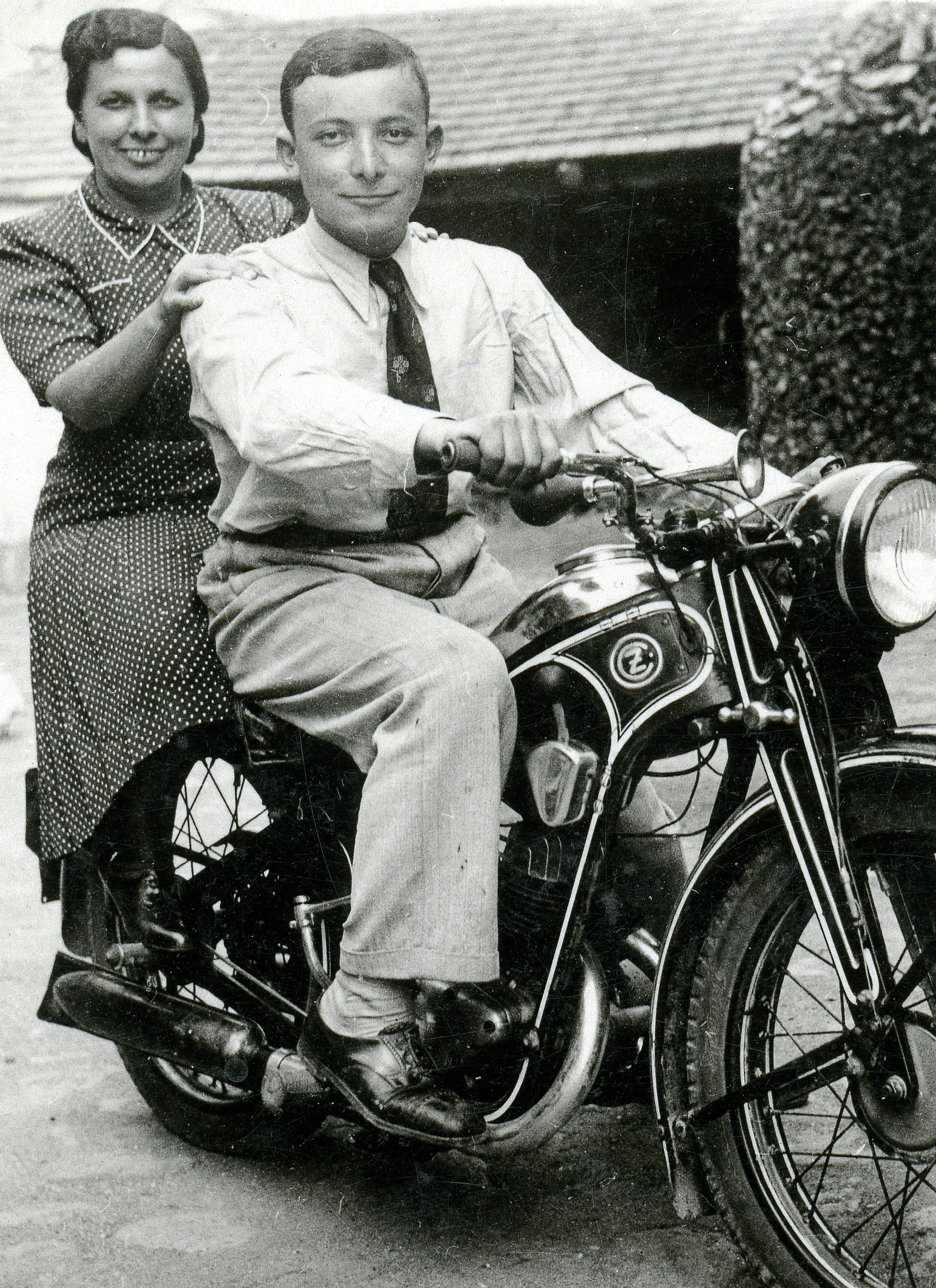 Rosenberg Imre és anyja, Rosenberg Manóné
