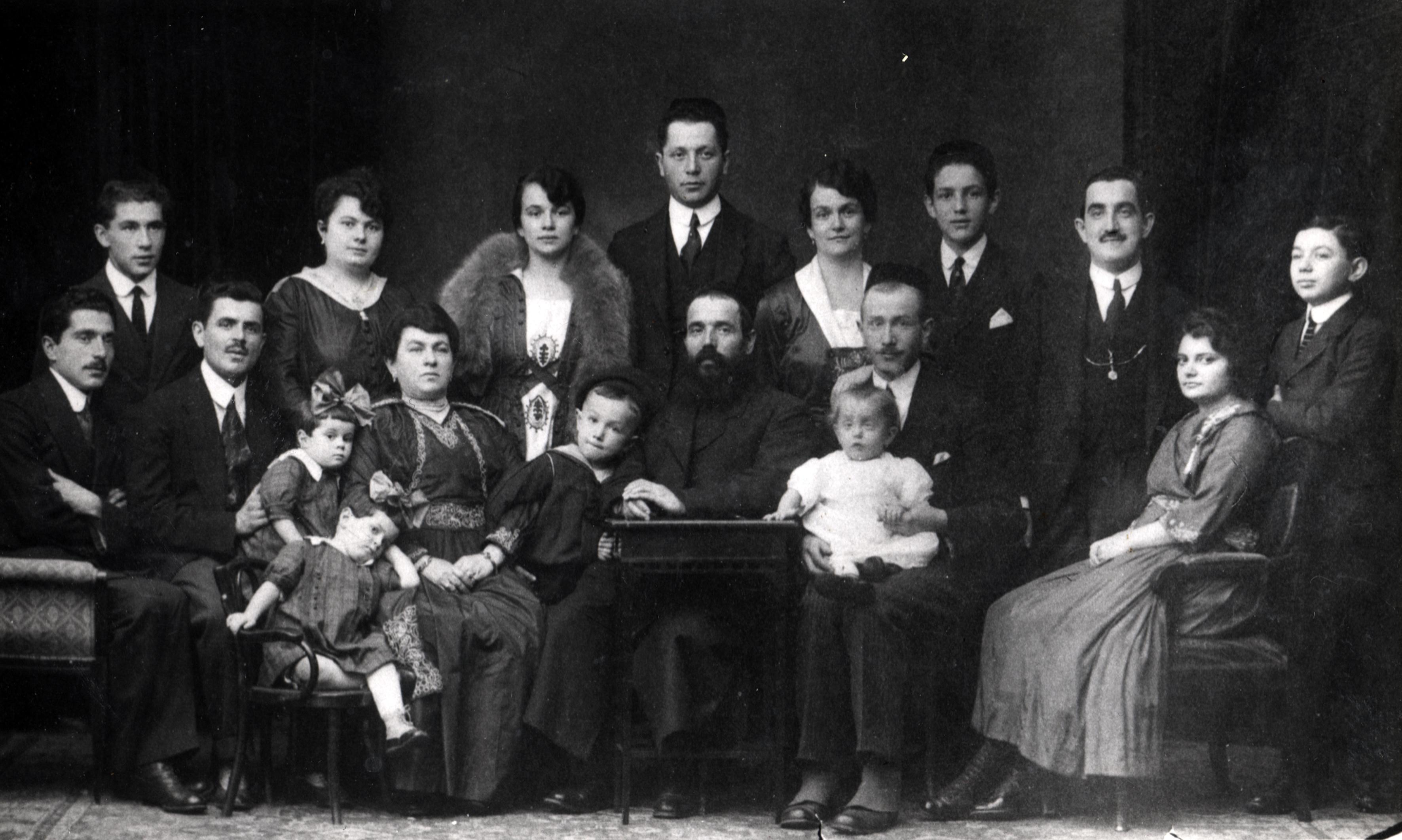 Max Uris Familie väterlicherseits