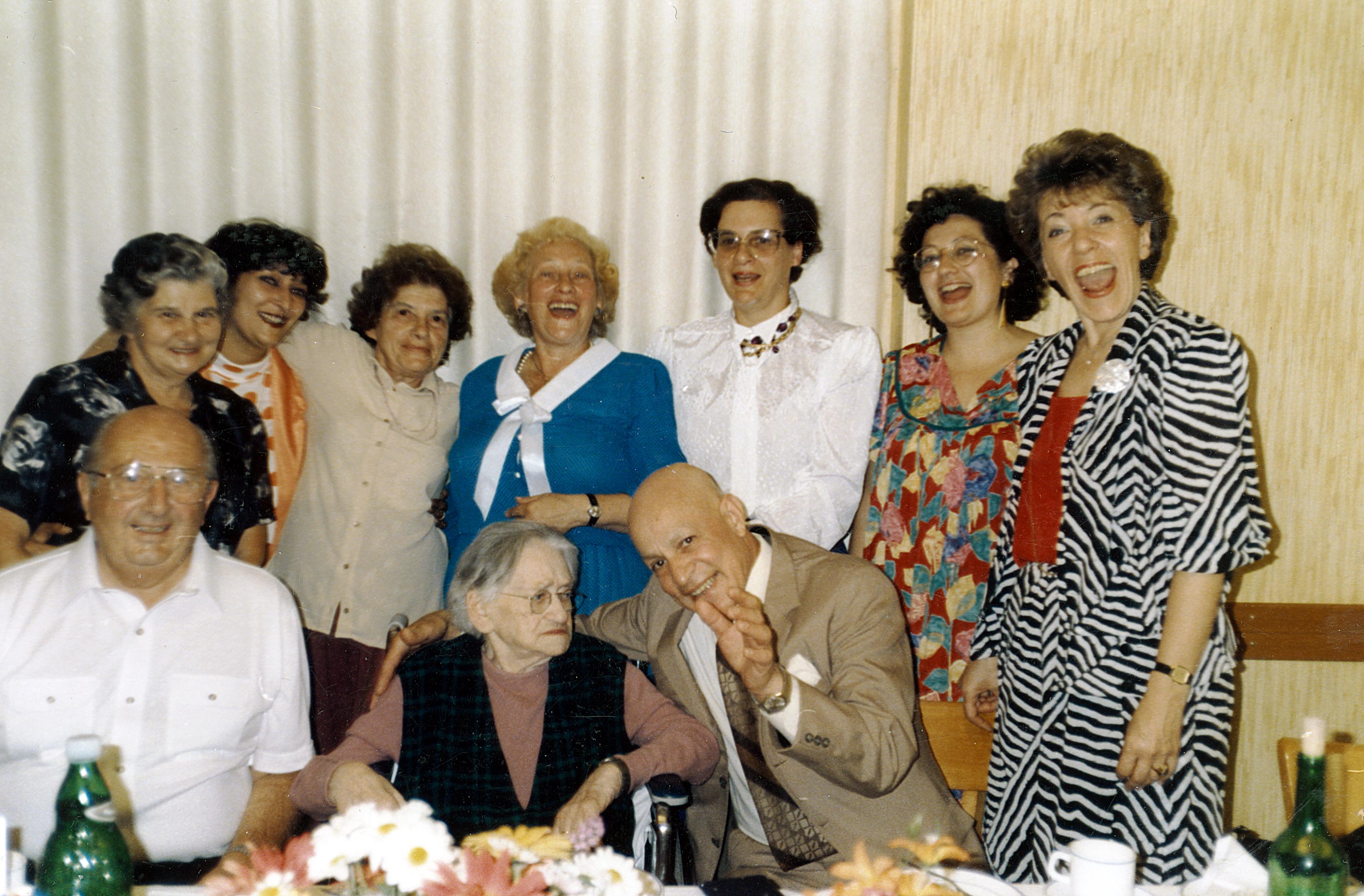 Sofie Kolm feiert ihren 100. Geburtstag mit ihrer Familie