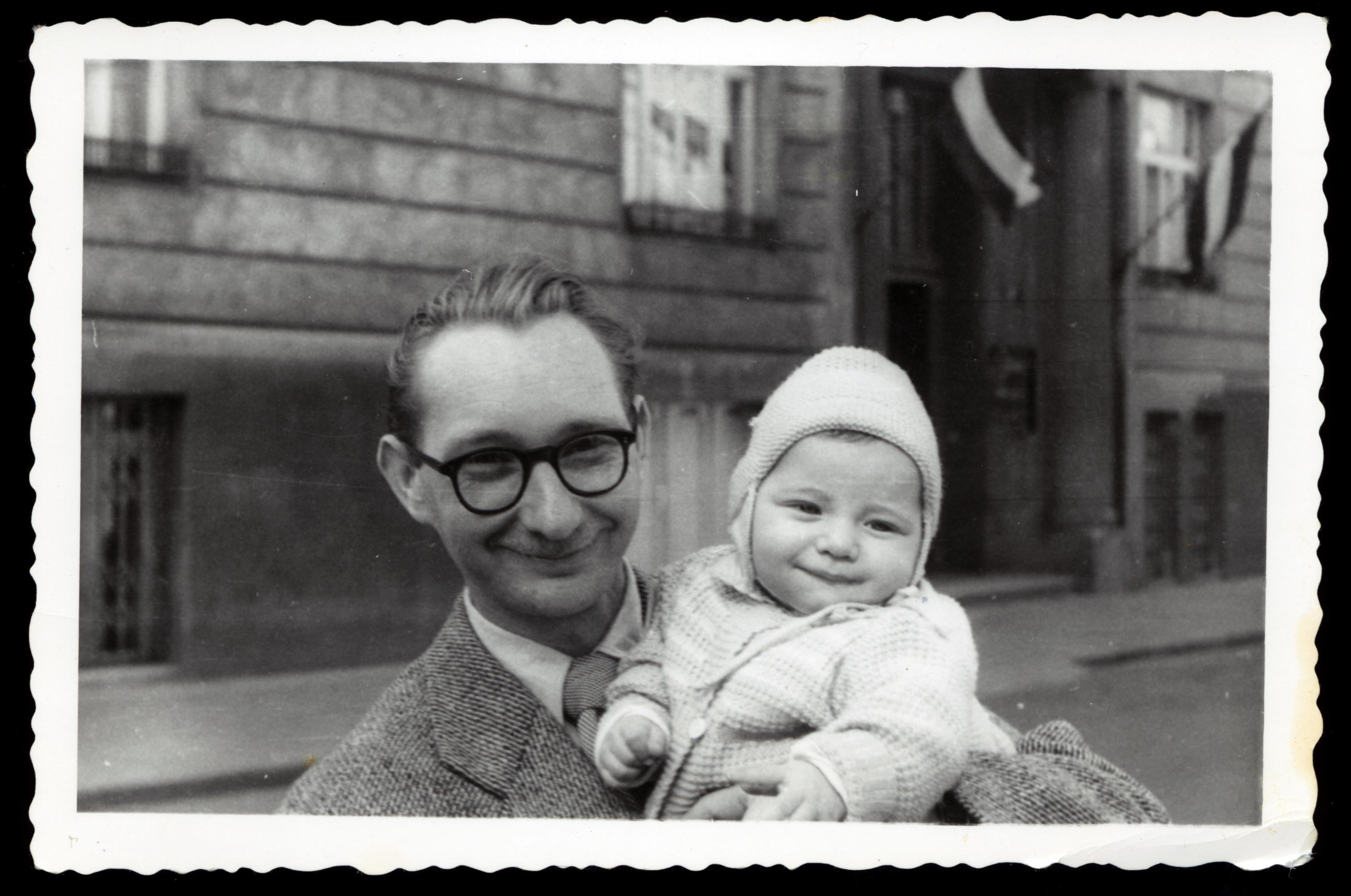 Max Tauber mit seinem Sohn Willi