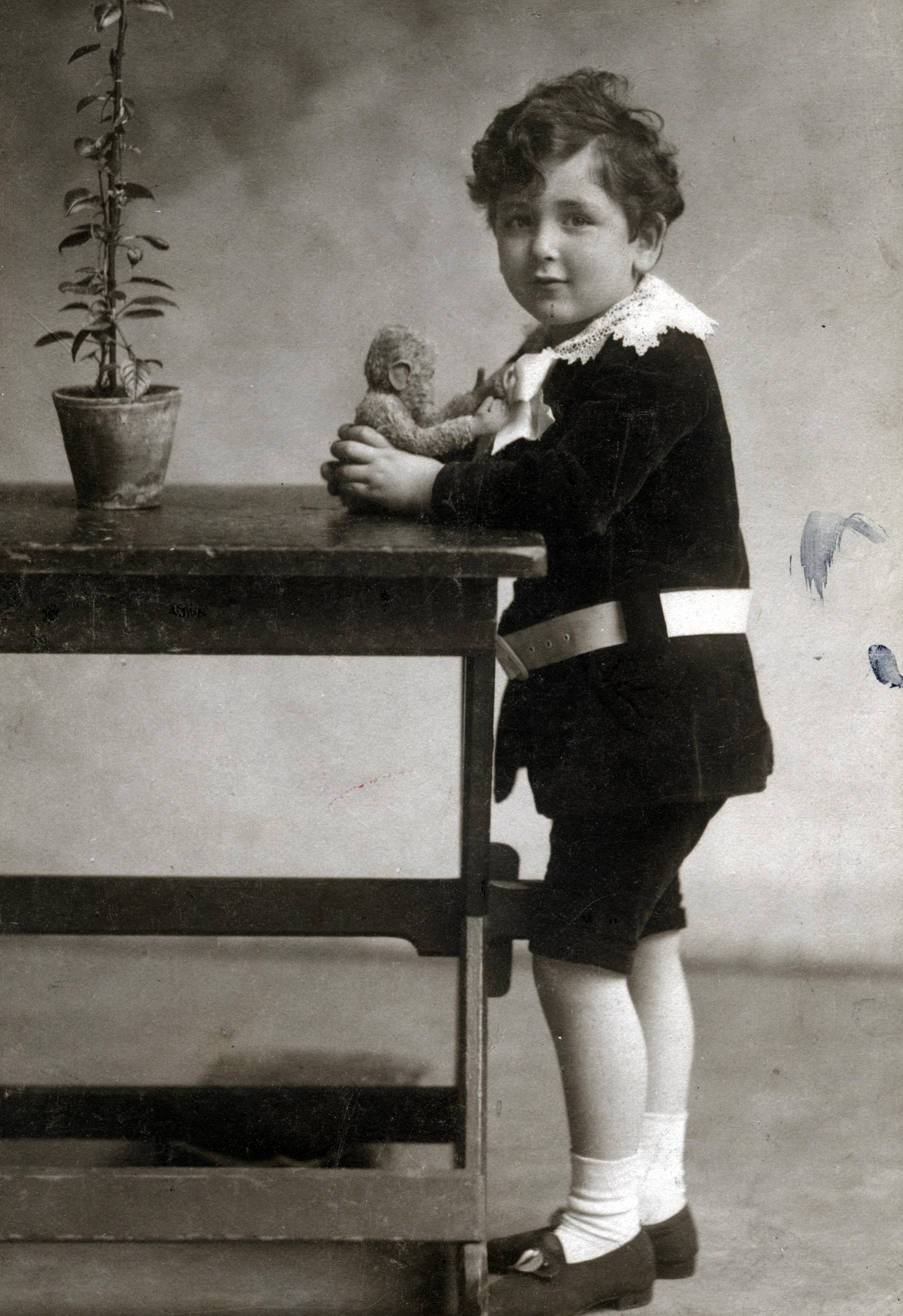 Timothy Smolkas Vater Peter als Fünfjähriger