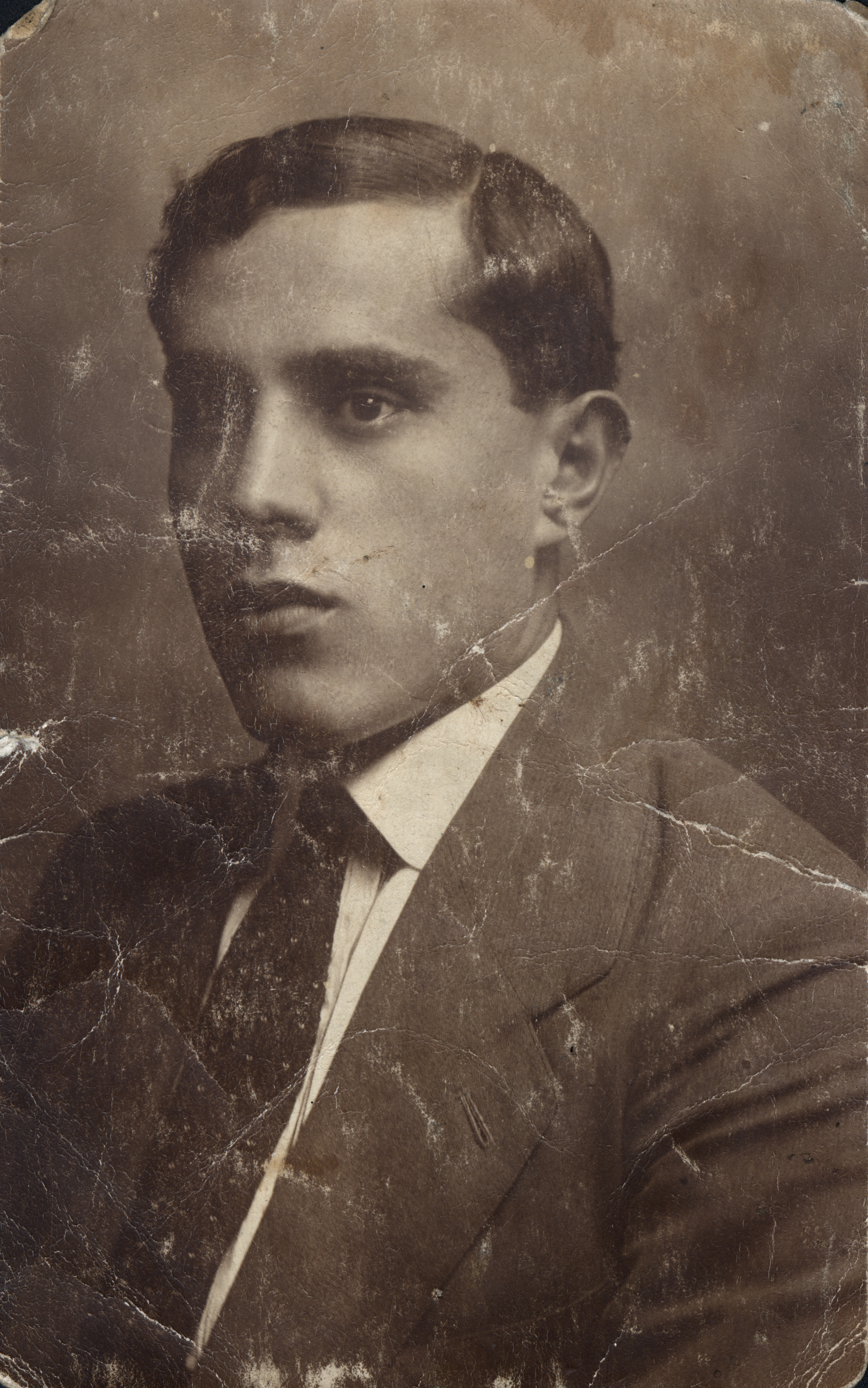 Isak Anzhel