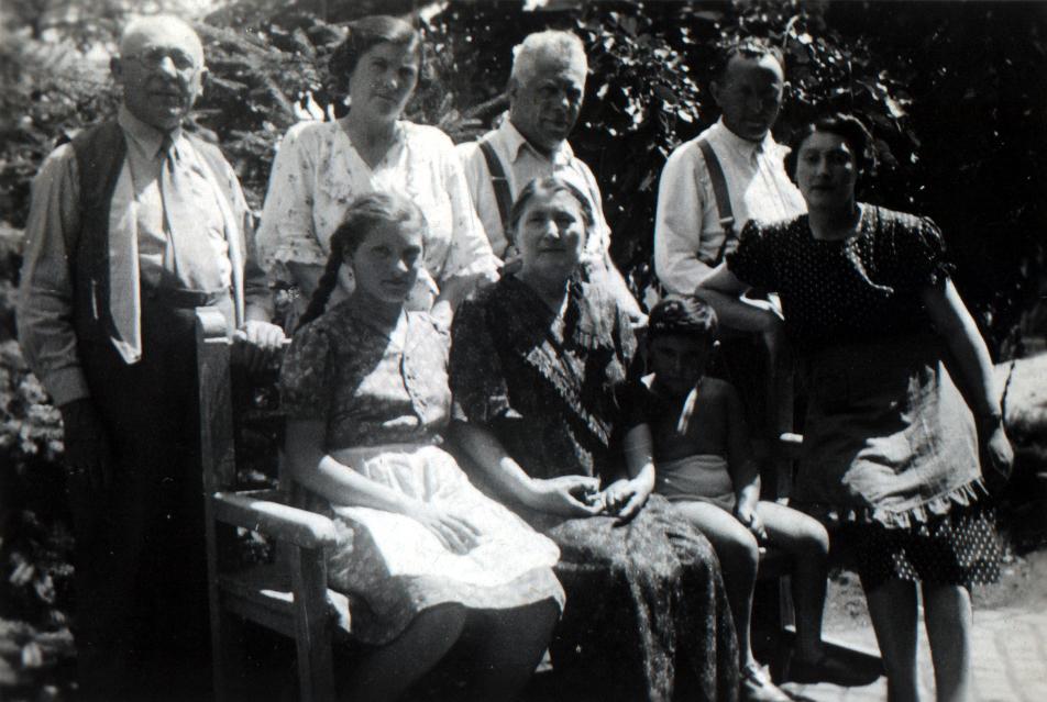 Erika Izsak and her family in their garden