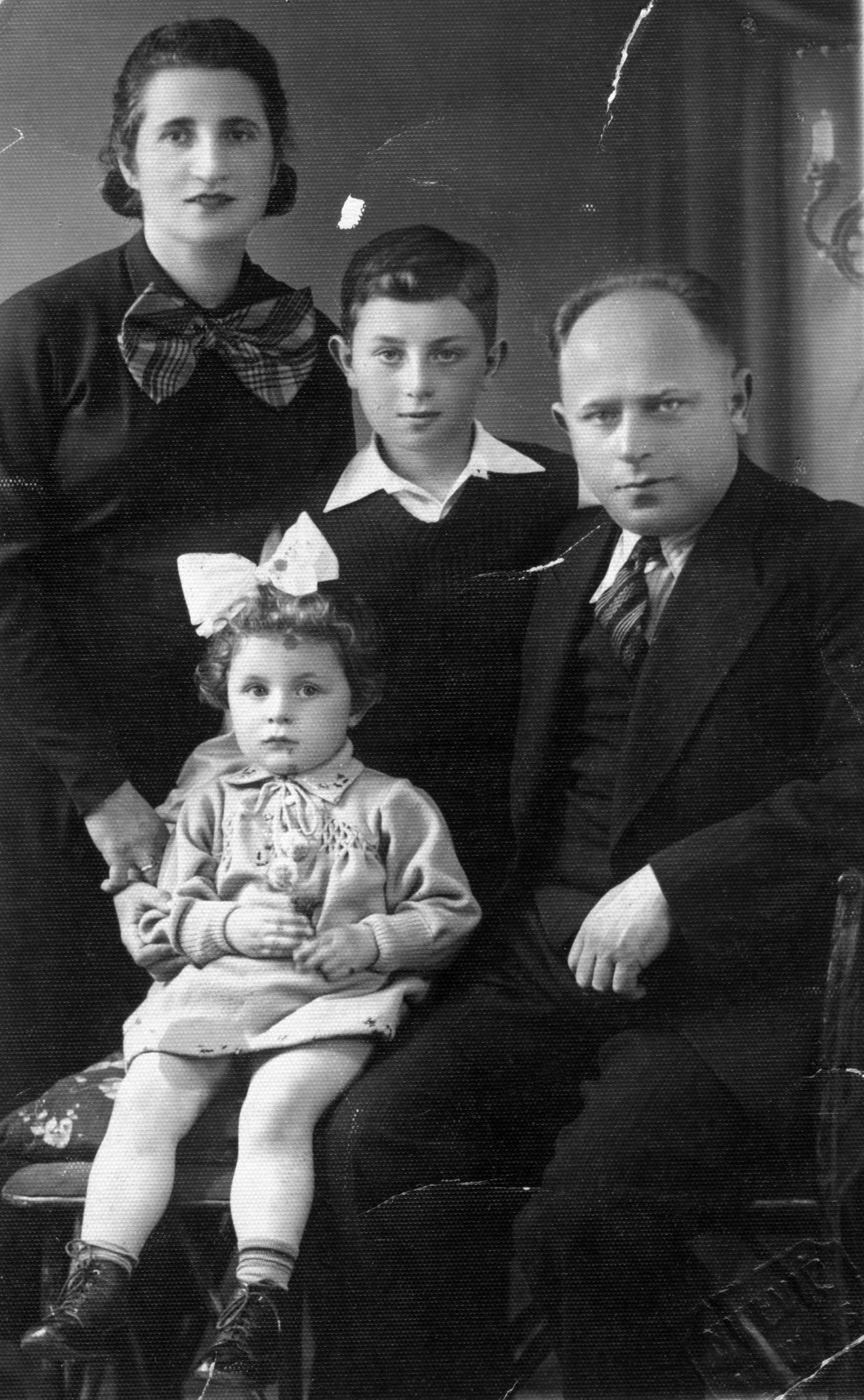 Ranana Malkhanova and her family