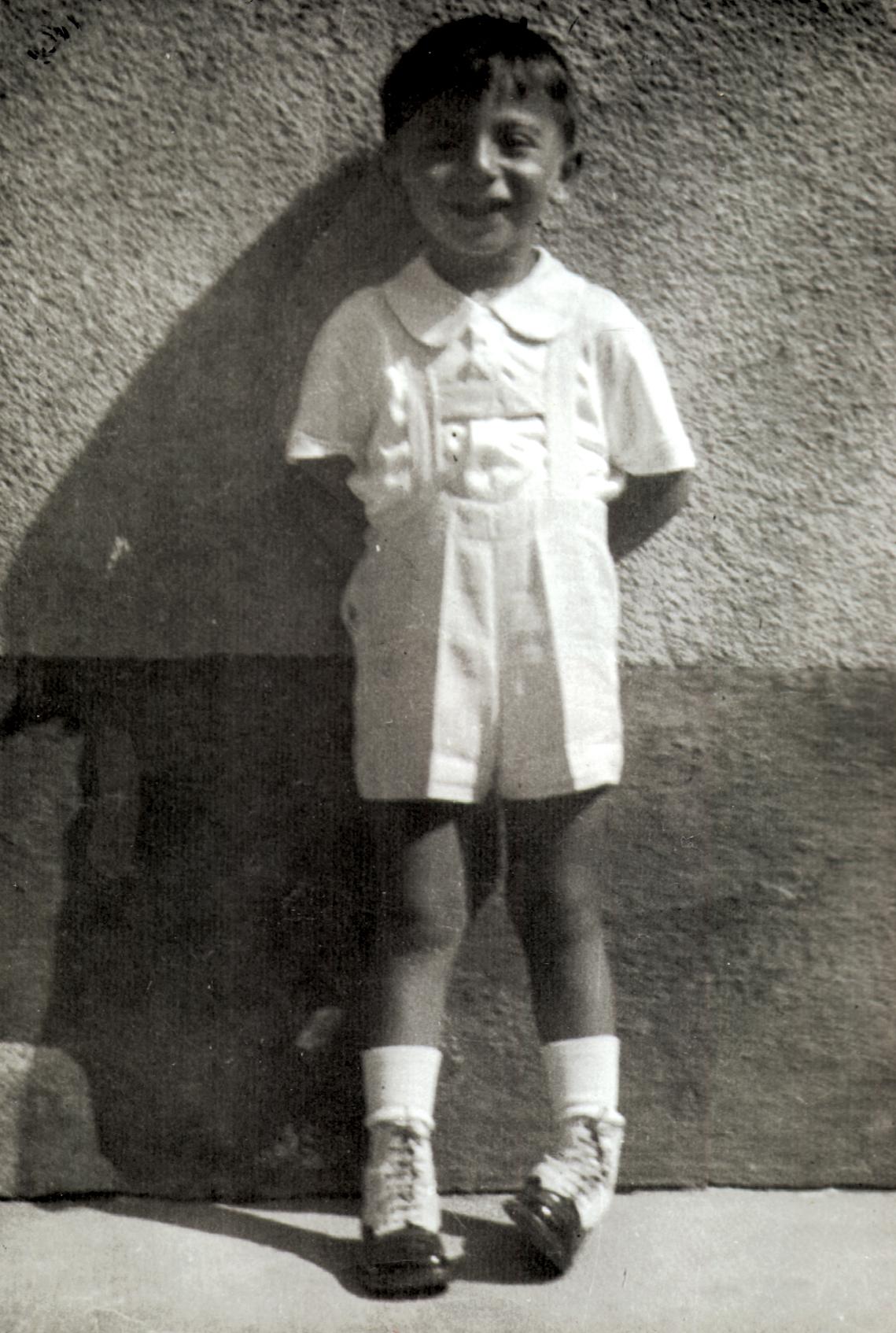 Peter  Reisz as a little boy