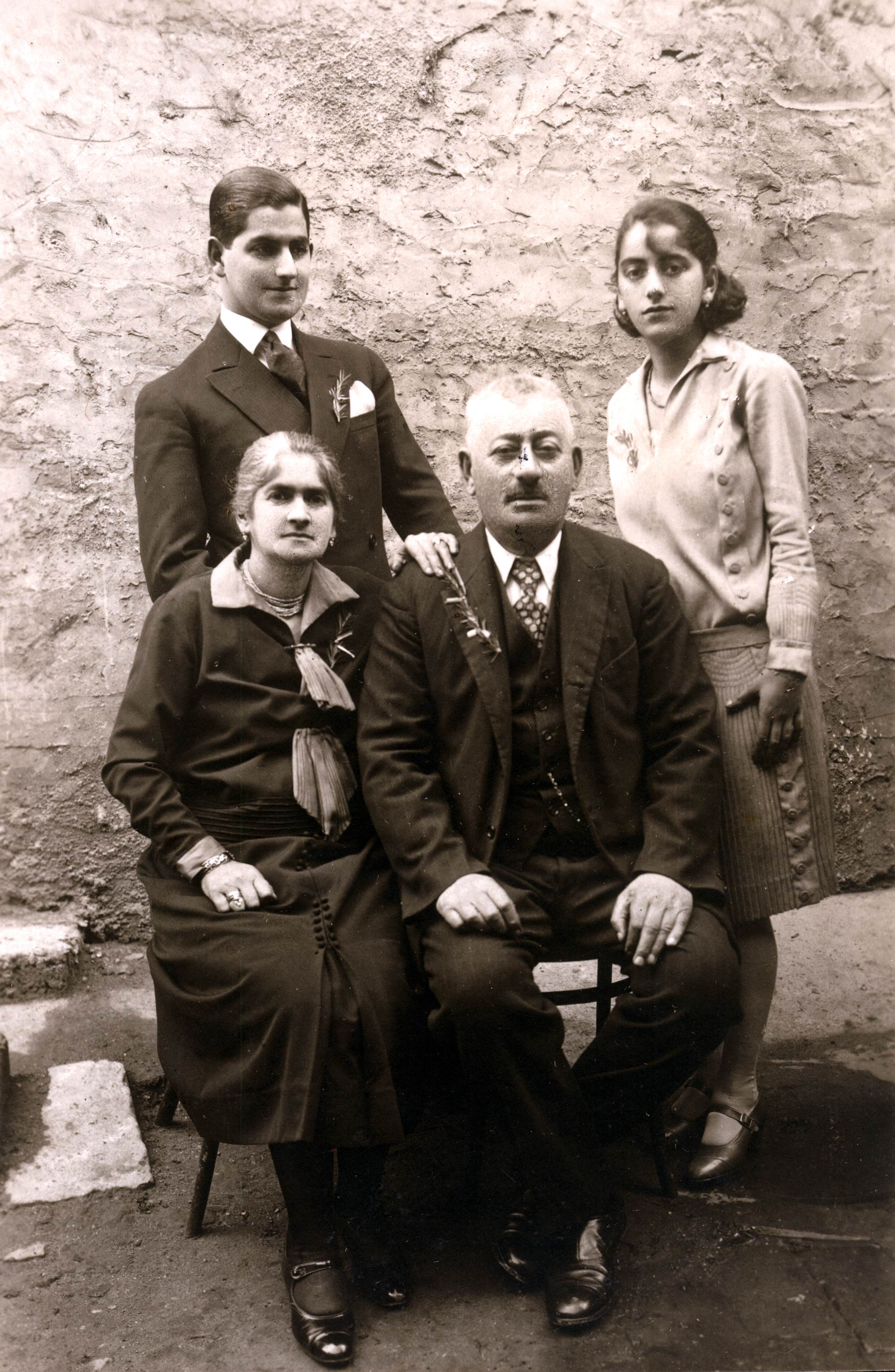 Avram Kalef and his family