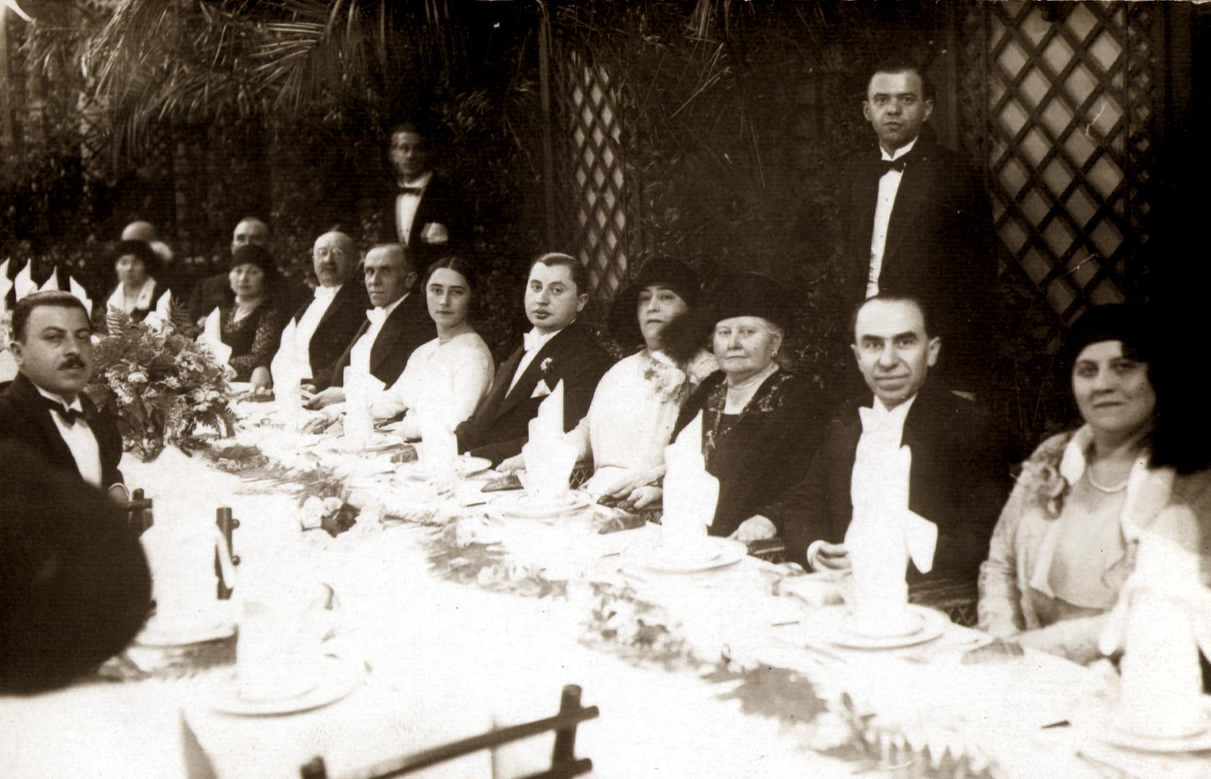 The engagement dinner of  Gyuri Fleischer