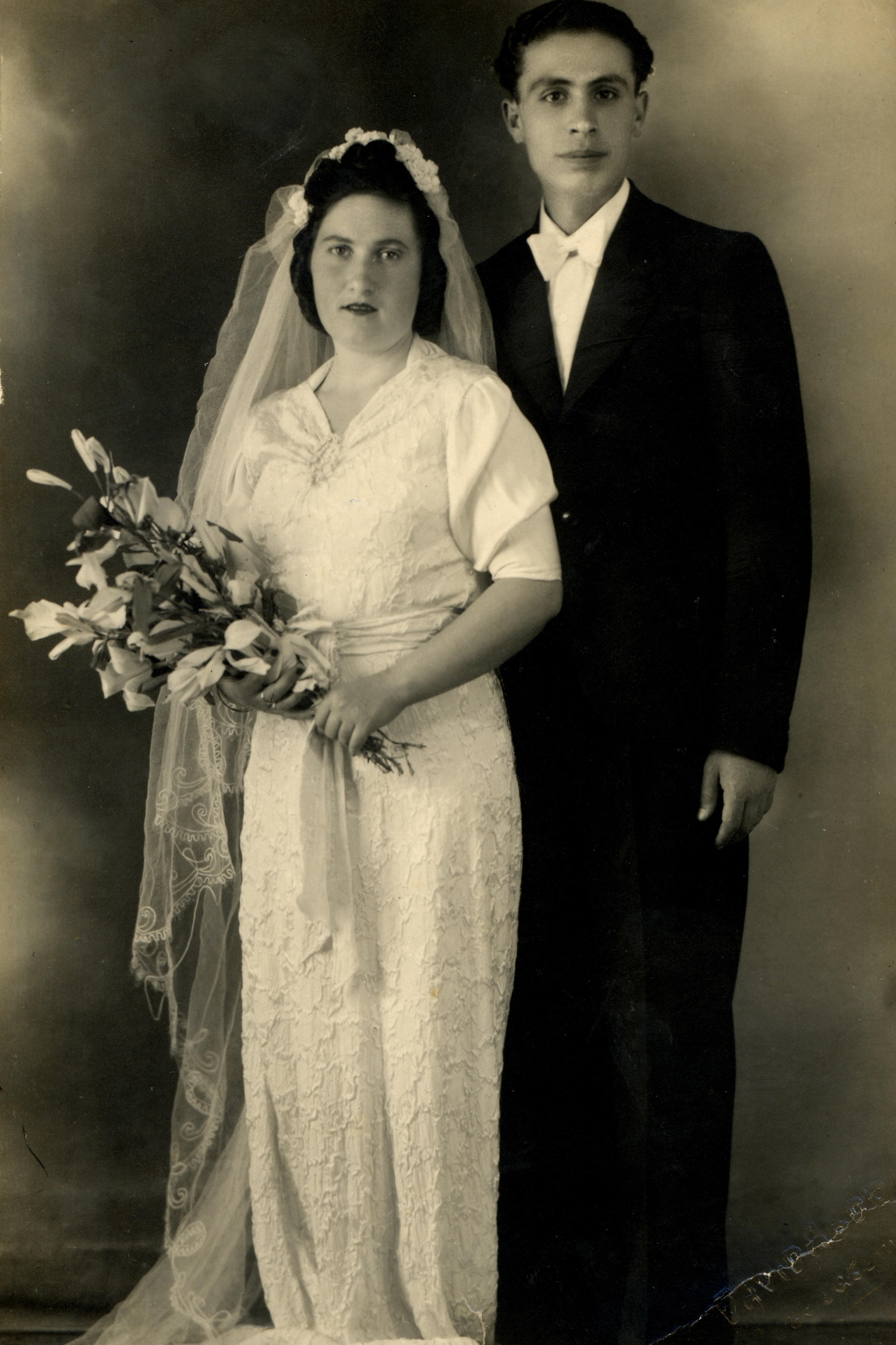 Gerez and Reful Museri's wedding picture