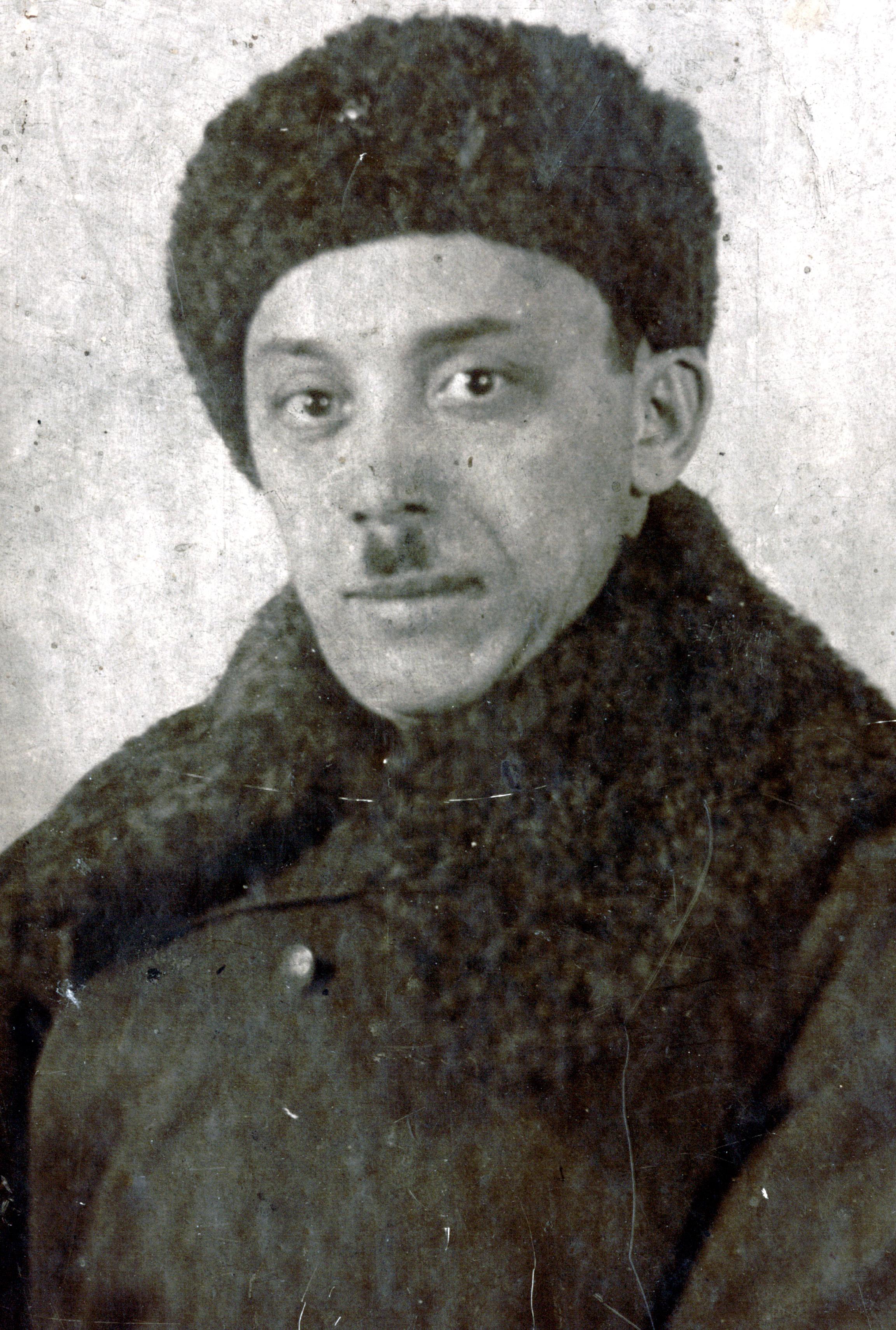 Engelina Goldentracht's father Vladimir Zorin