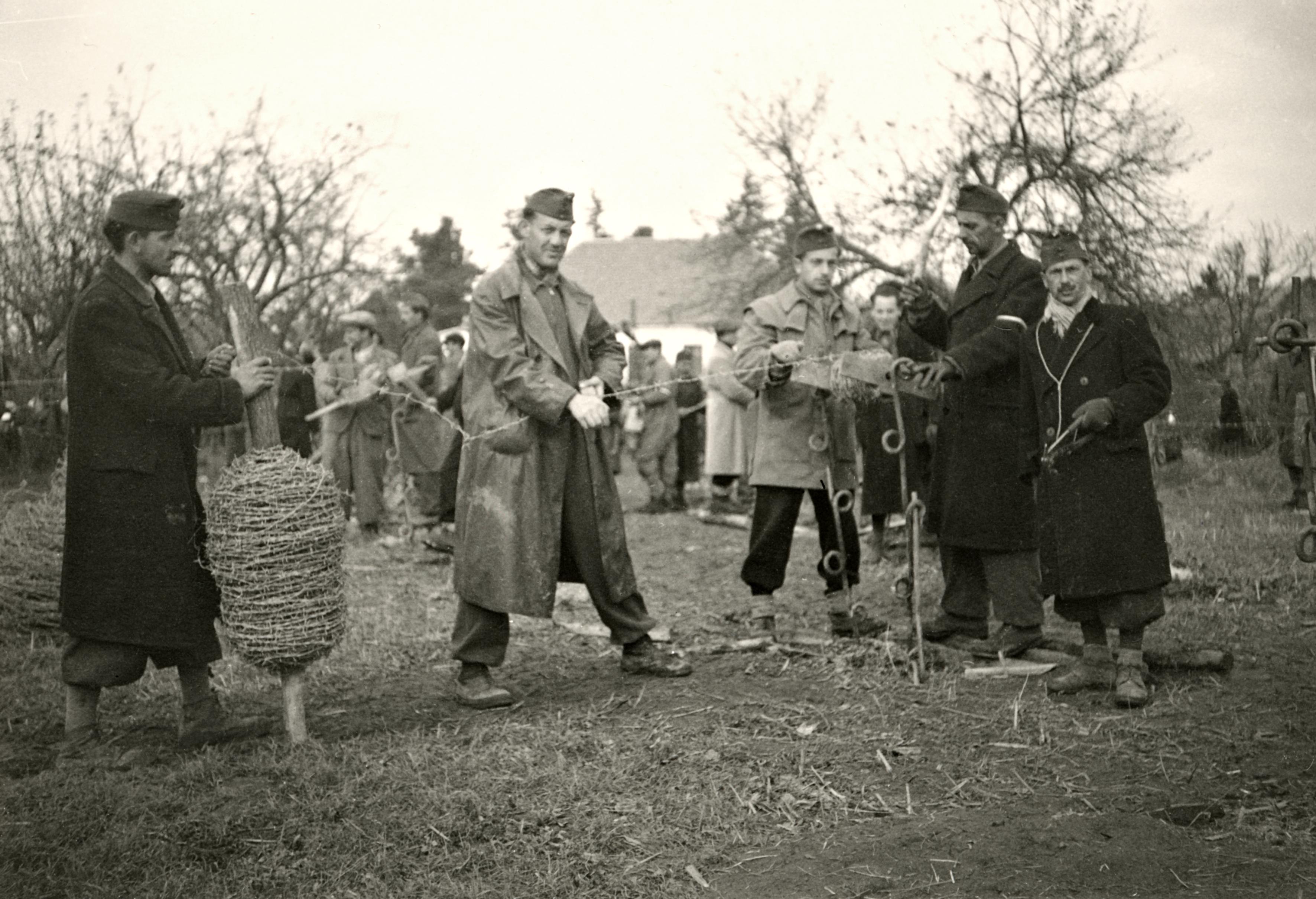 Rados István munkaszolgálatban
