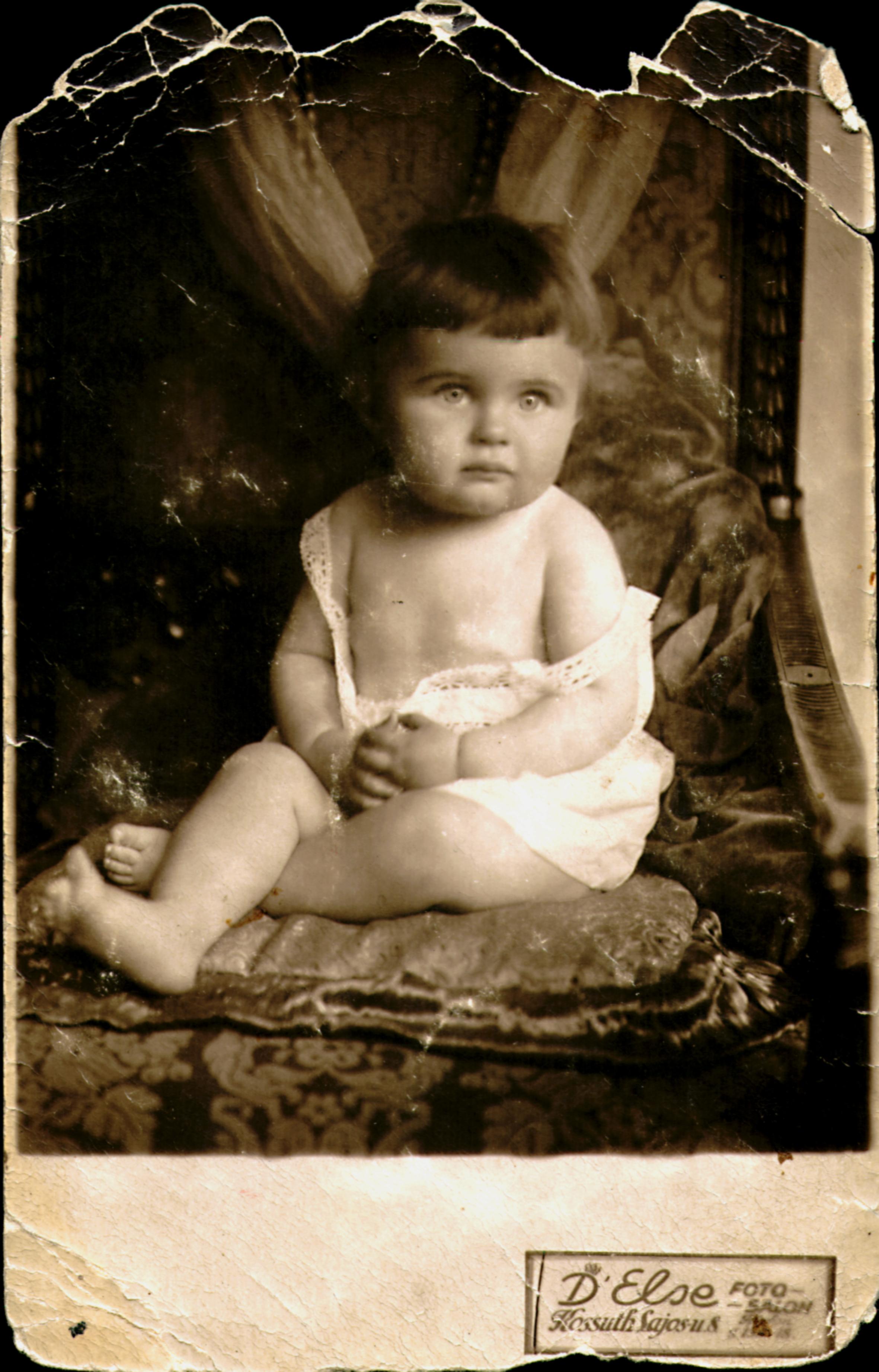 B. K.-né egyéves korában