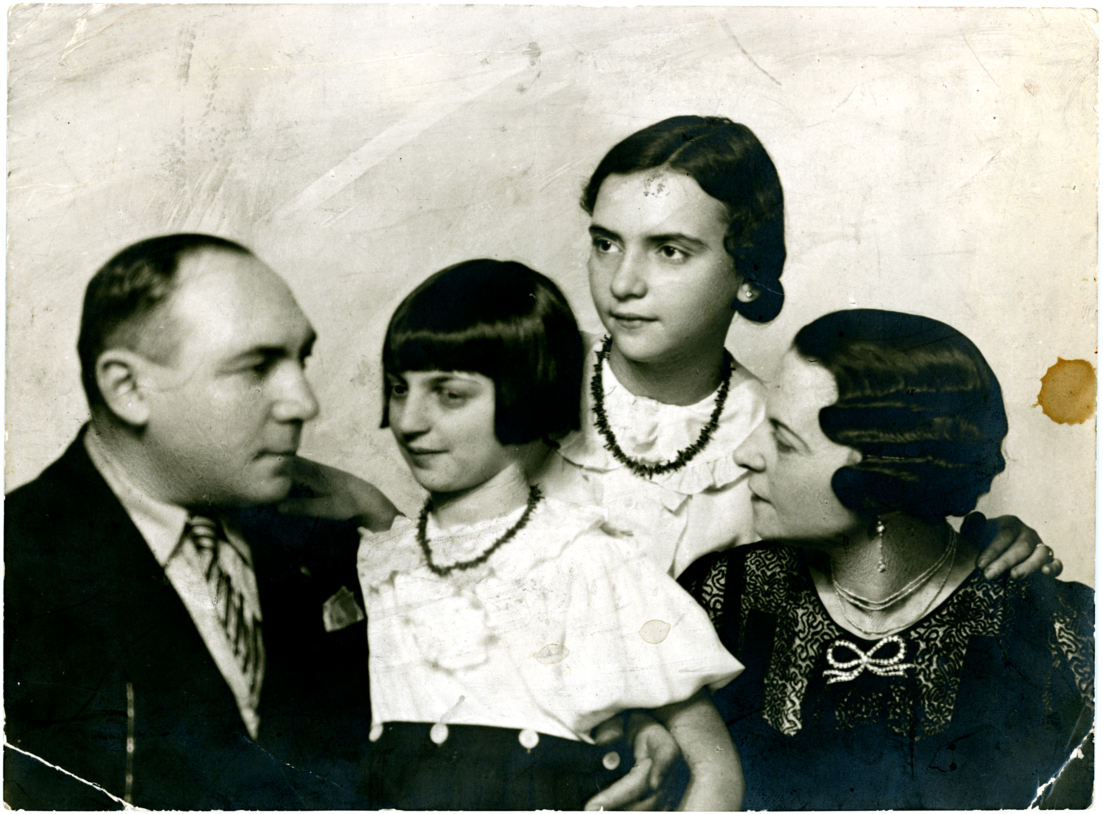 Az Ács család