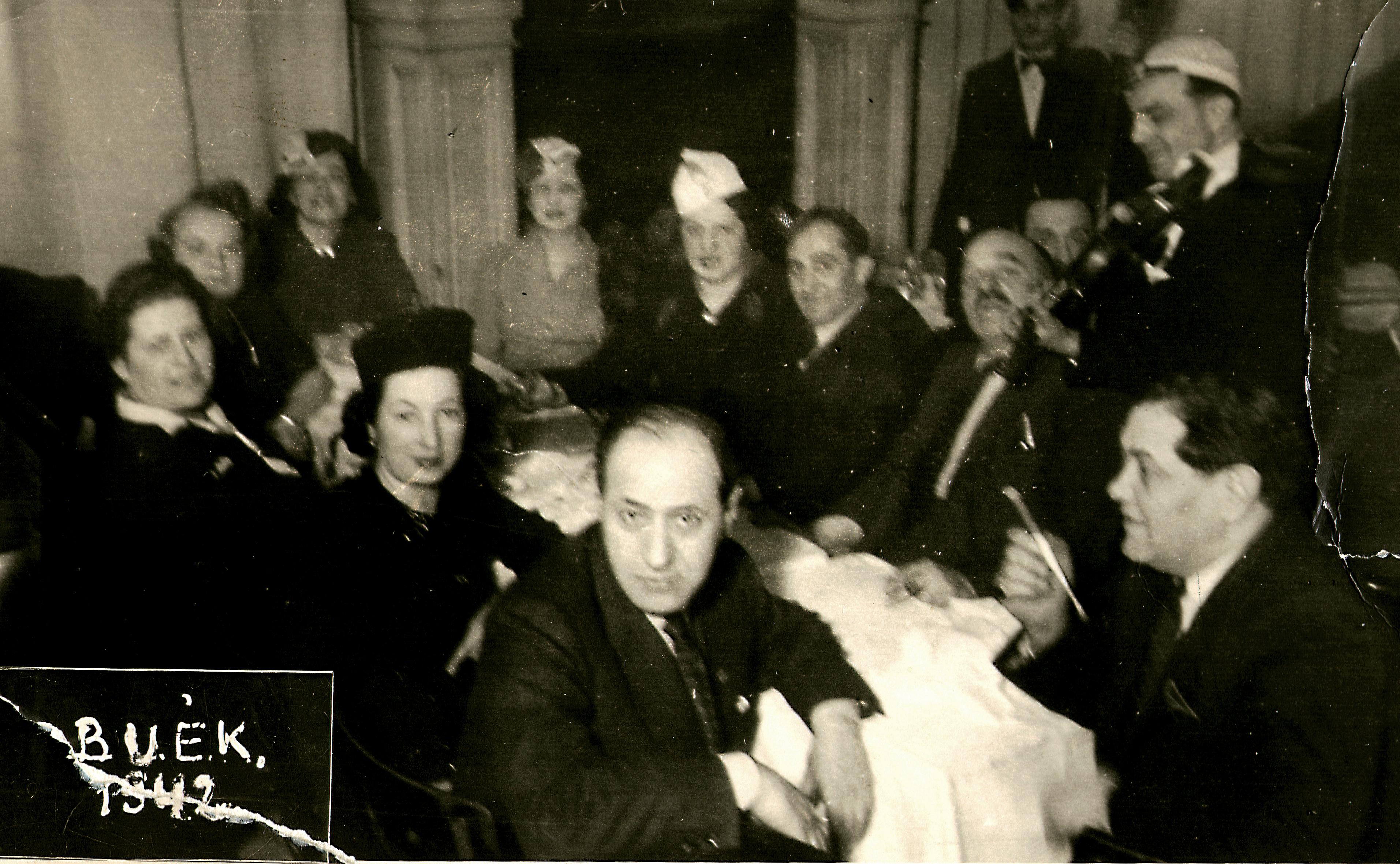 A Kairó kávéház 1942 szilveszterén