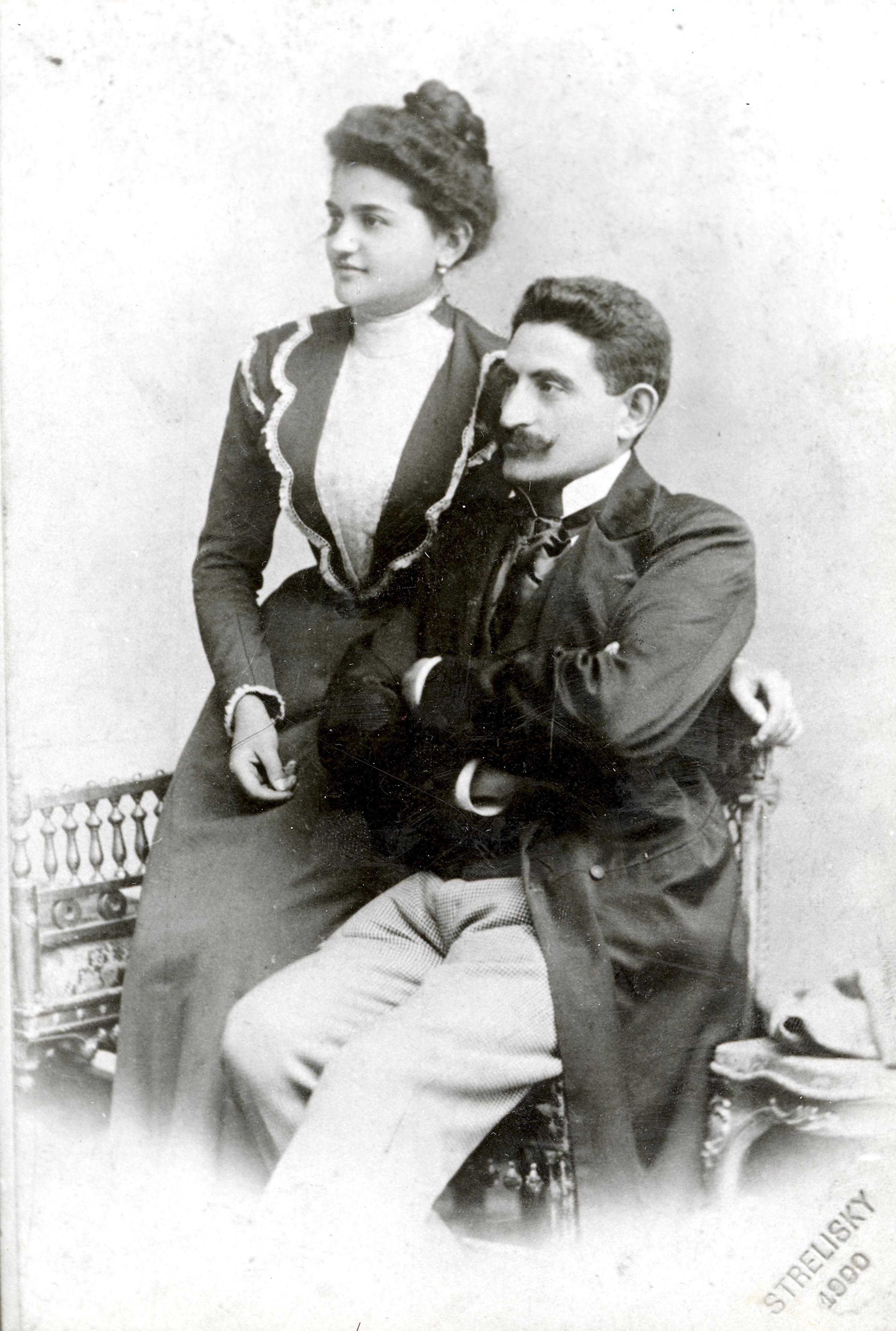 Engelmann Jenõ feleségével
