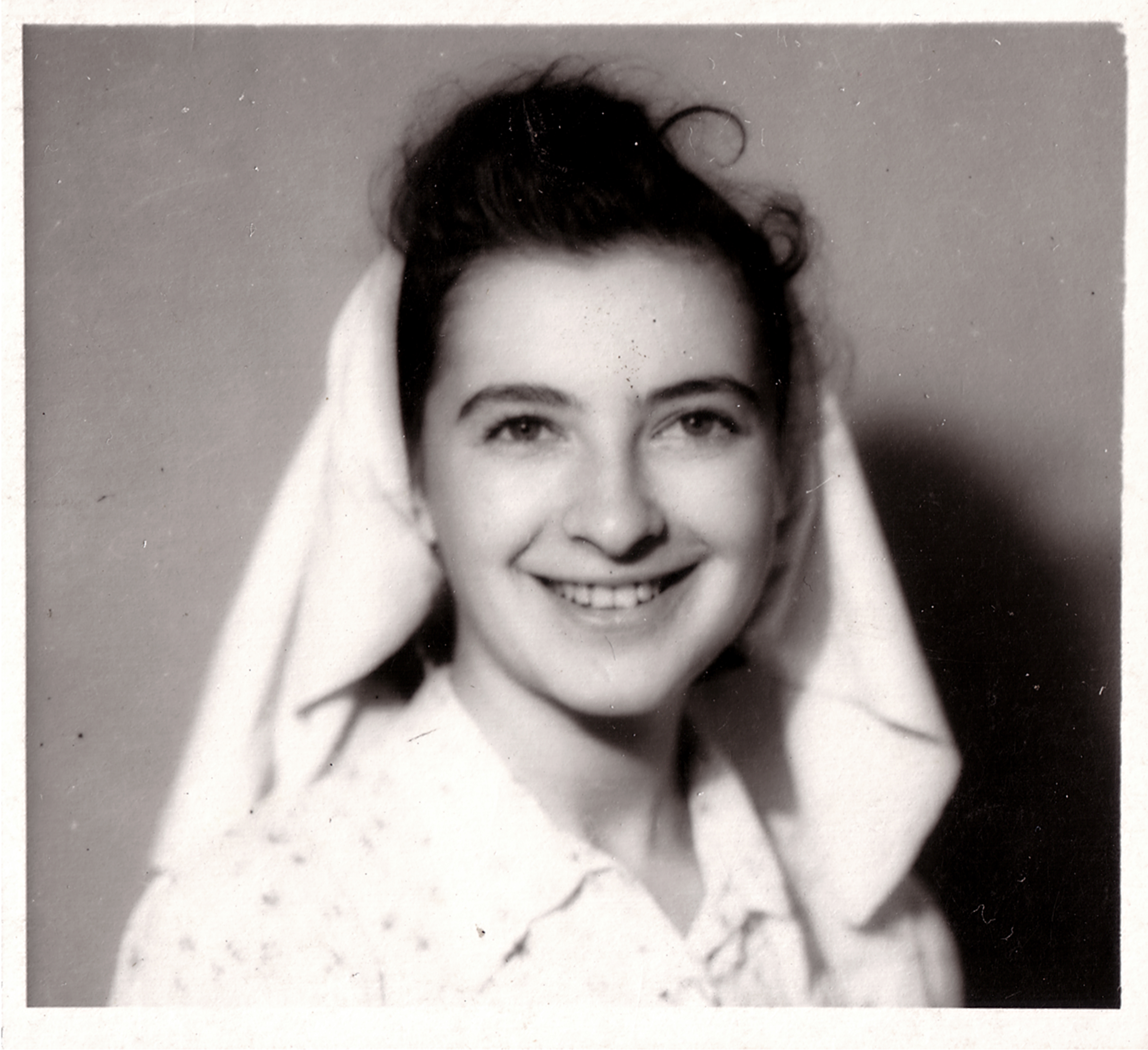 G. A-né mint ápolónõ