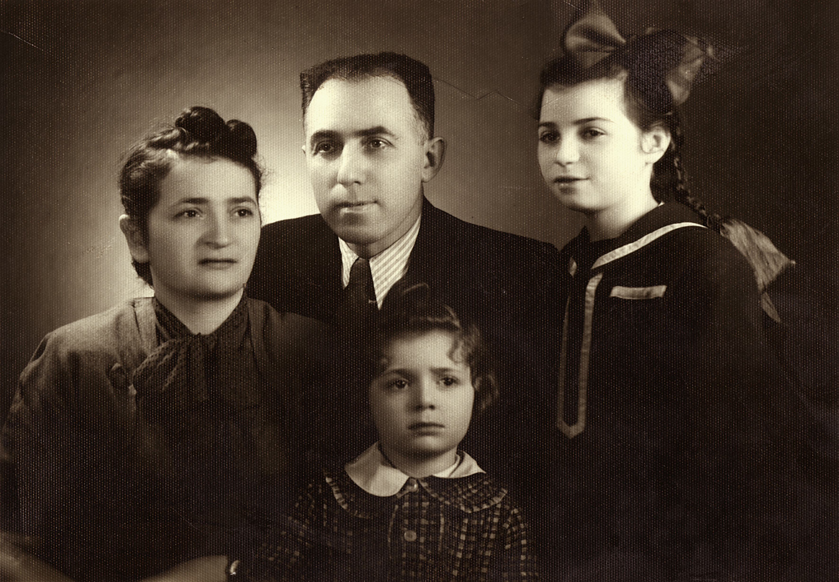 Rozalia Unger with her husband and children
