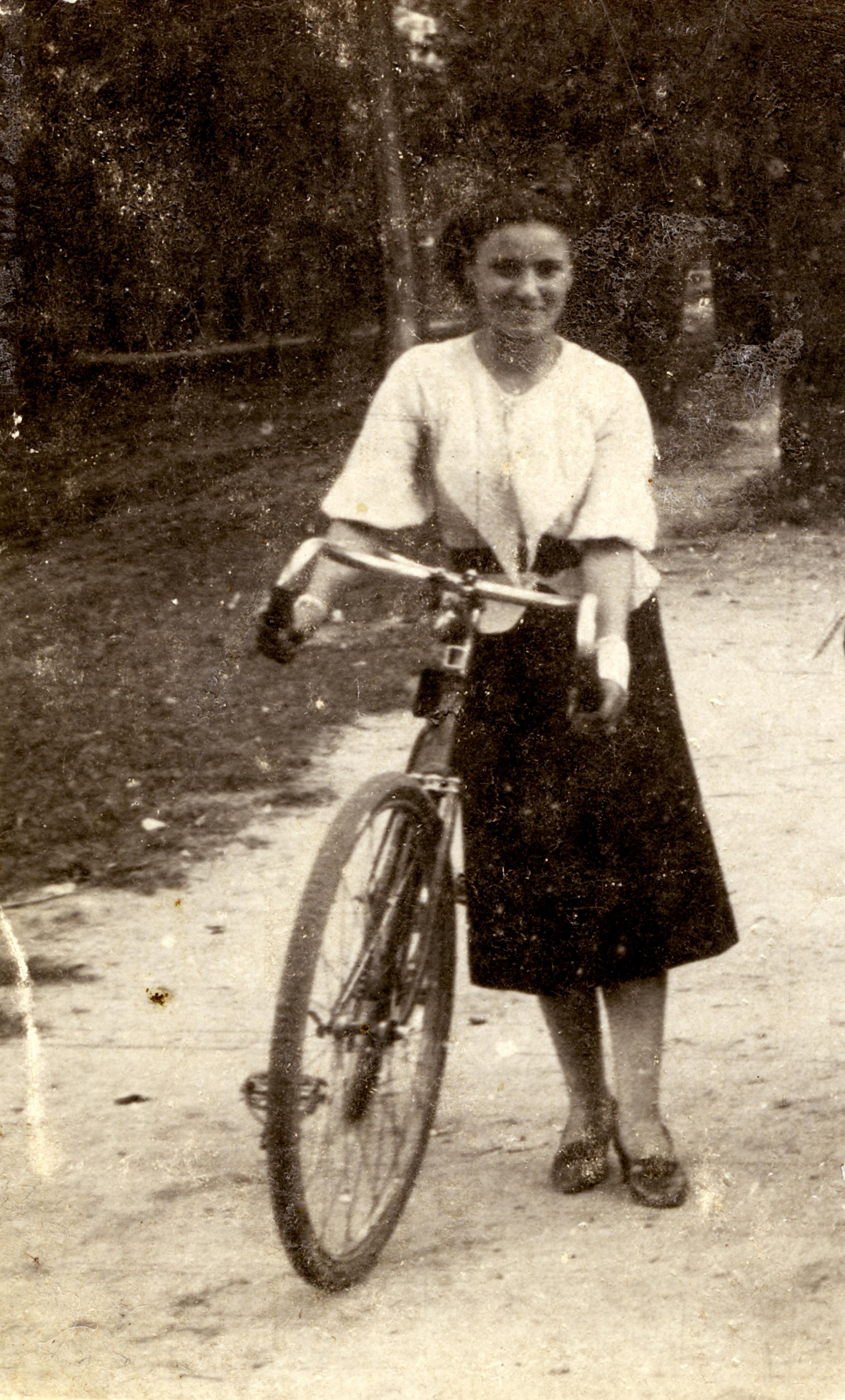 Rachela Steinhendler