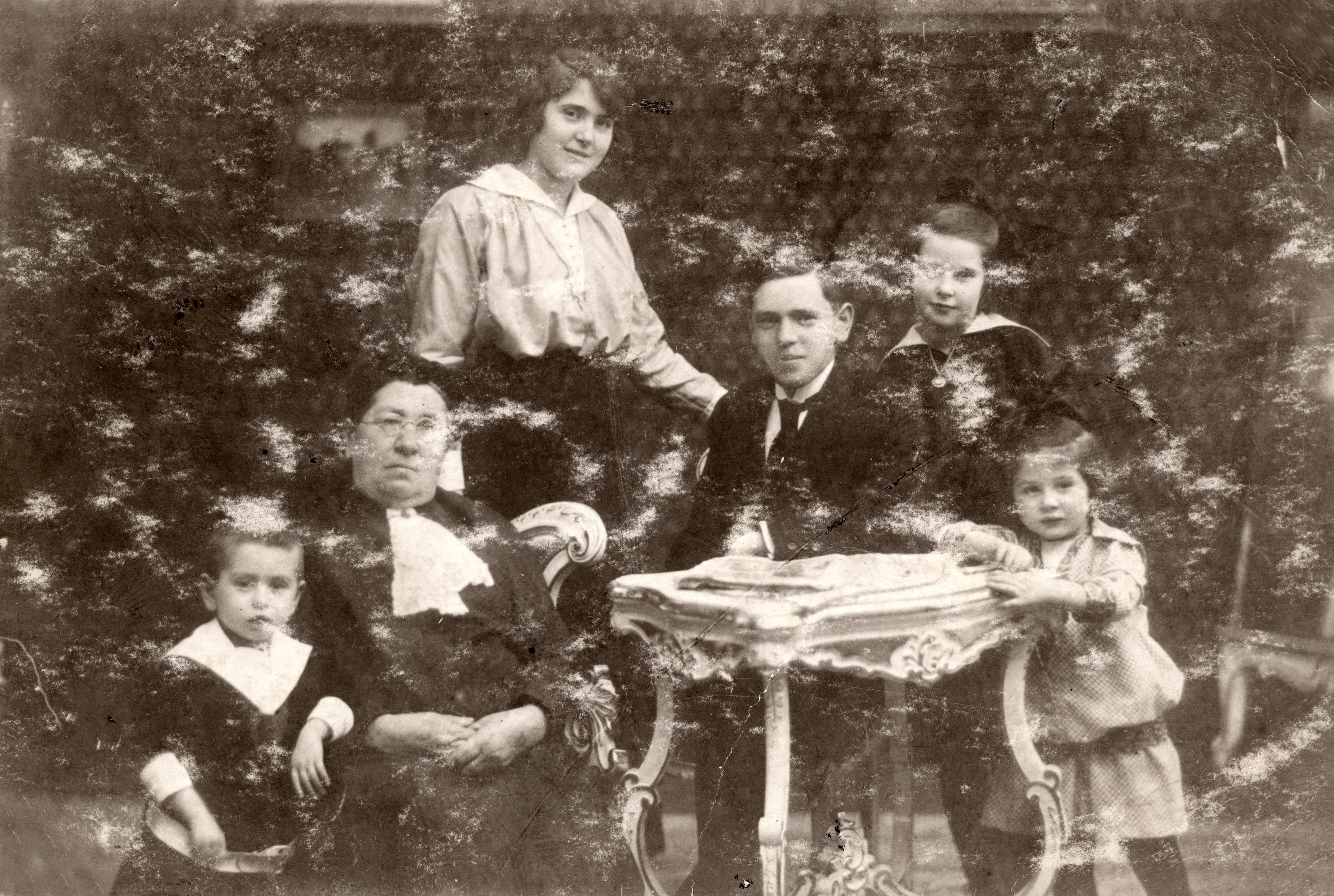 Riemer Paula és családja