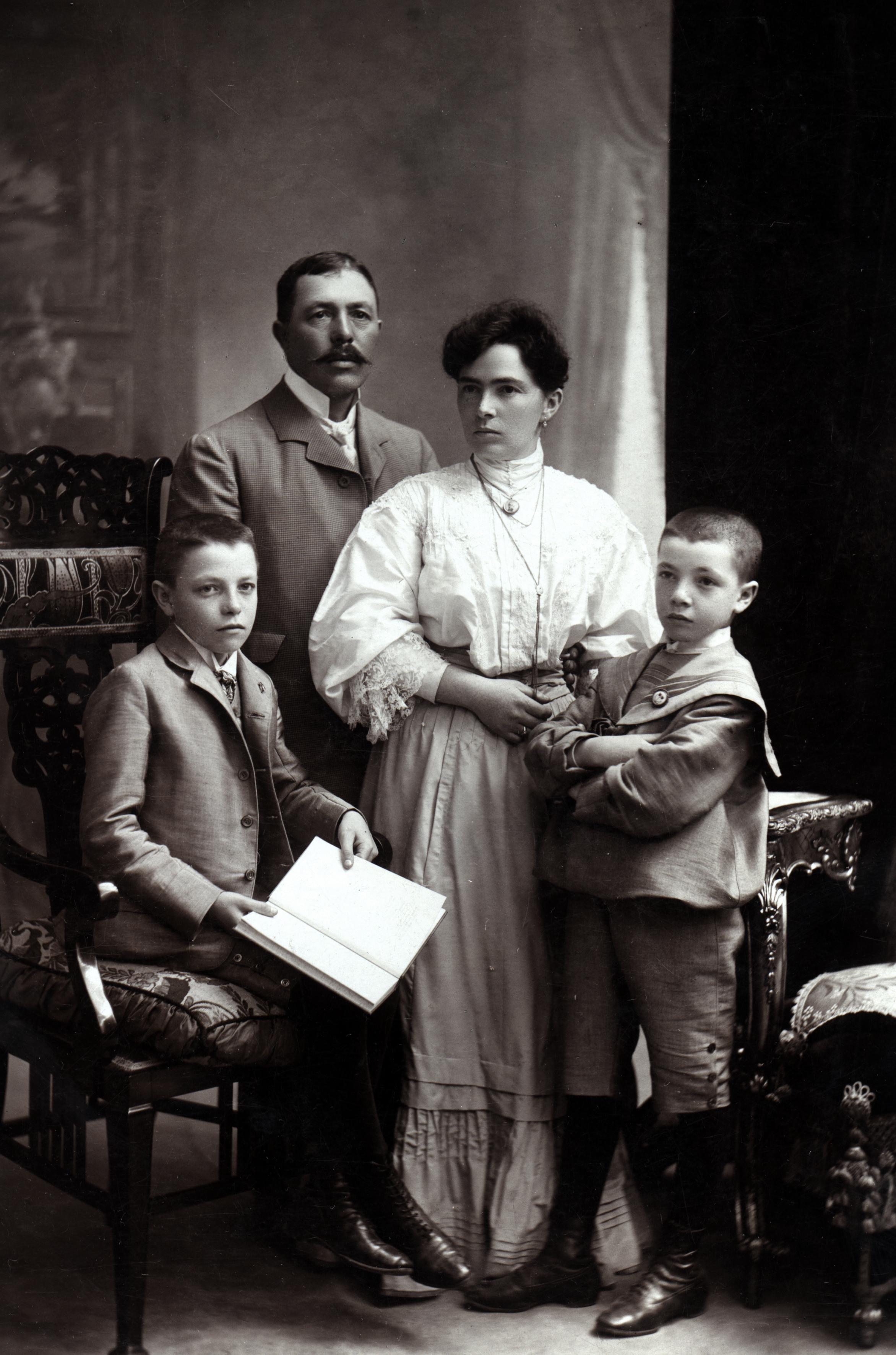 Albert Simko and Malvina Simkova with sons Otto and Artur