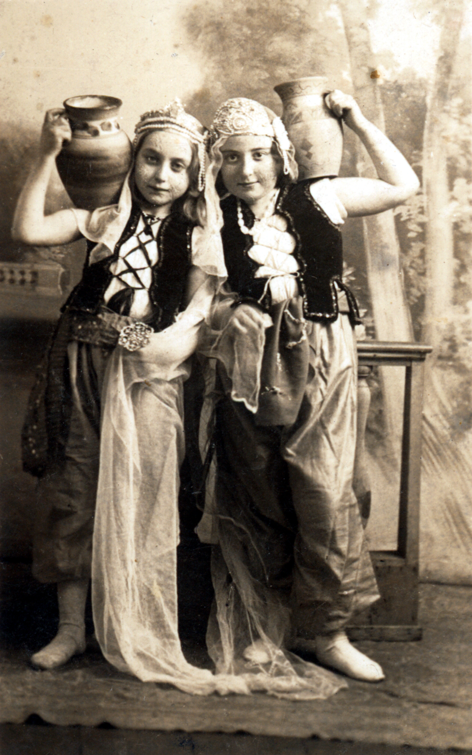 Haya Lea and her sister, Hava