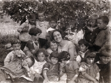 Matilda Israel with pupils from the Jewish school