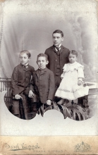 Richard Fischer with his siblings Oskar, Erich and Anna