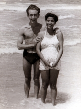 Jozsef Faludi and his first wife Mazal Faludi at the seaside