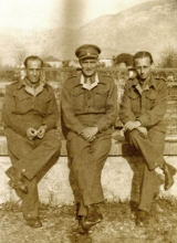 Mario Modiano with a British officer and unit commander in the army