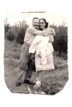Renee and Solon Molho on their honeymoon