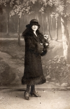 Hana Gasic's photo of a woman in black hat and coat posing for a portrait