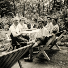 Gabor Paneth on vacation with his family