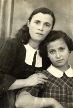 Polia Gersh and her daughter Alexandra Kravchenko