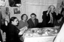 Sarra Shpitalnik, her husband Moisey Shpitalnik and her father Shlomo Molchanskiy