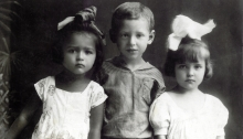Arnold Fabrikant with his cousins Nina Patlazhan and Nina Gorodetskaya