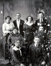 Rosa Gershenovich's paternal grandfather Aron-Shloime Veltman and his family