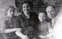 Grigoriy Sirotta and his family