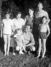 Ruth Goetzova with family and friends