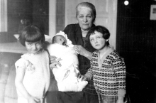 Grandma Pickova with her grandchildren