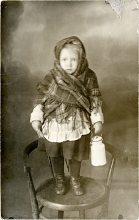 Hedvig Endrei at the age of two