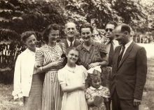 Alfred Borowicz and his relatives