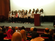 The school choir singing a Jewish song